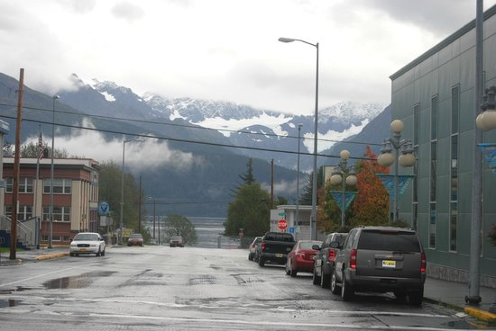 The Van Gilder Hotel: Out the front door, Resurrection Bay is right down the street (Fourth Avenue crosses this road).