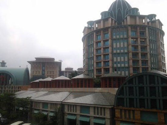 Photo of Resorts World Sentosa - Crockfords Tower Sentosa Island