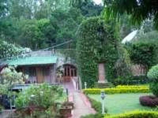 Zeenath Taj Gardens Yelagiri