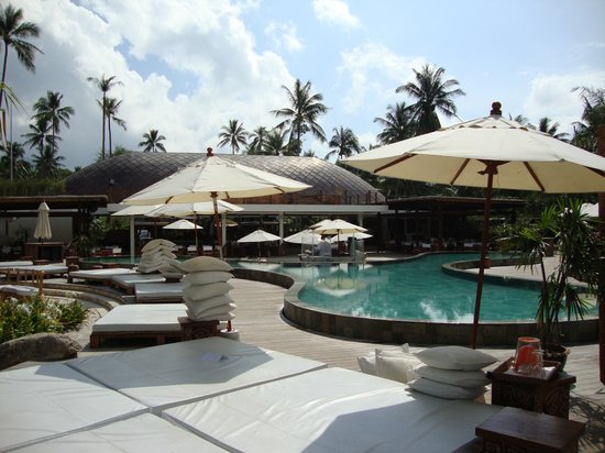 Nikki Beach Bungalow Resort: Pool Party Area