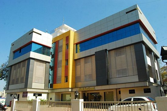 ‪Hotel Lee Grand - Shirdi‬