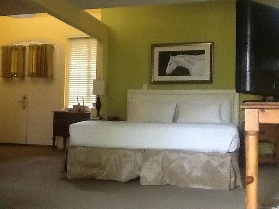 Wine Valley Inn & Cottages - A Broughton Hotel: Bedroom