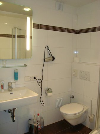 Hotel Am Markt: Bathroom