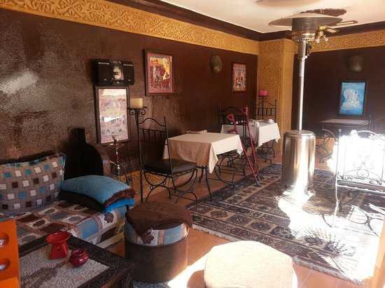Riad Mille et une Nuits: Terrazza colazione e cena
