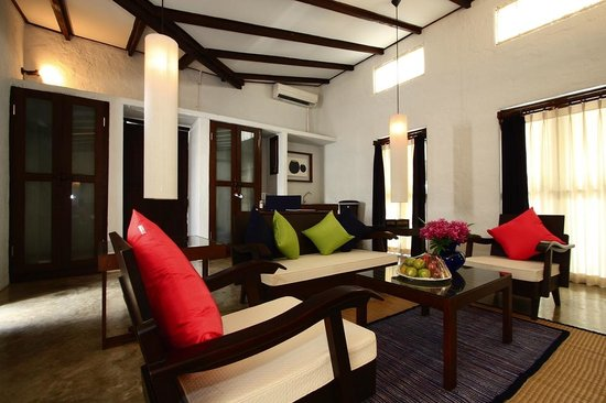 ‪‪BanThai Village‬: Suite-Living area‬