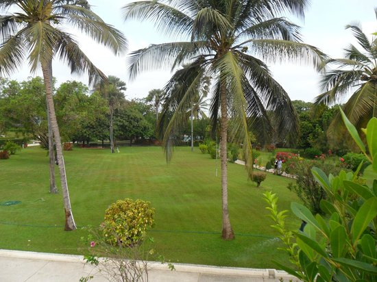 Kairaba Beach Hotel: View from breakfast terrace