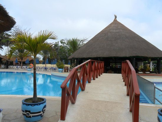 Kairaba Beach Hotel: Pool area