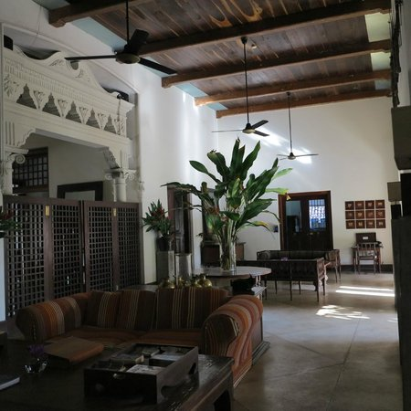Galle Fort Hotel: Main lounge area