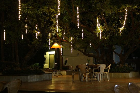 "Saj Resort: Open Space for Dinner "" Royal Garden"""