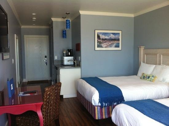 Beach Street Inn and Suites: our room