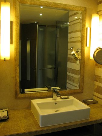 Crowne Plaza Today New Delhi Okhla: bagno