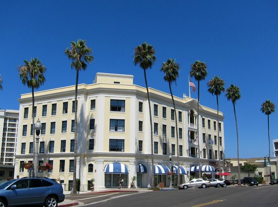 The Grande Colonial La Jolla: Grand Colonial