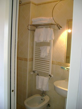 Hotel Minerva: Bagno