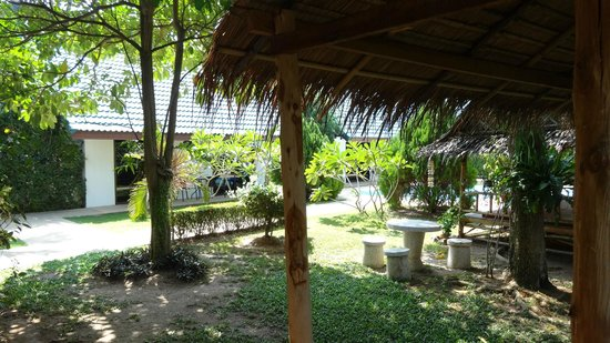 Phuket Airport Hotel: Thatched Hut