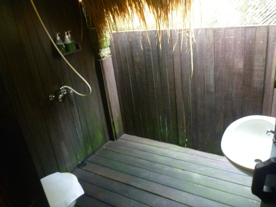 Ubud Sari Health Resort: Outdoor Bathroom Zen Villa 6