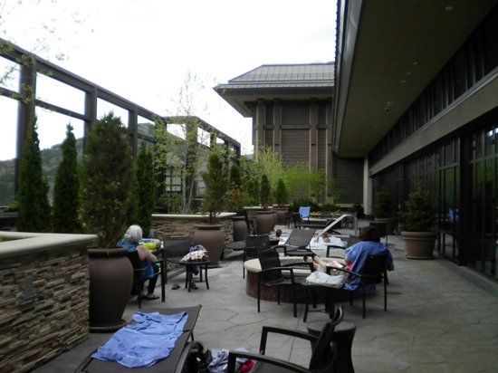 Ameristar Casino Resort Spa Black Hawk: Enjoying, the outside jaccuzzi.