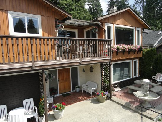 Photo of Mountain Bed & Breakfast North Vancouver