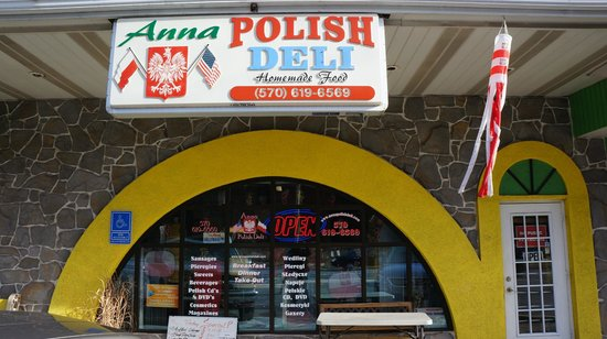 Scotrun, PA: Anna Polish Deli outside