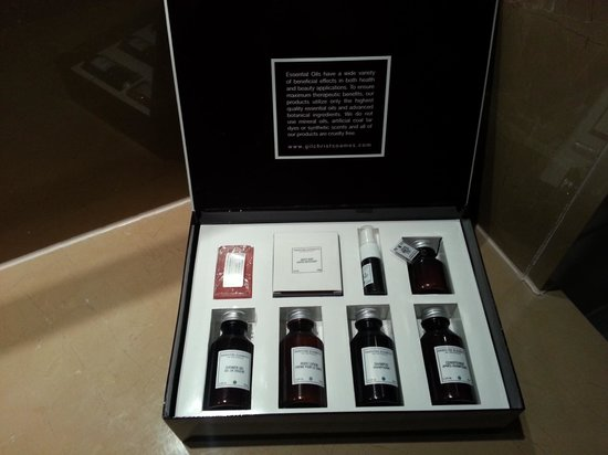 Radisson Blu Edwardian Bloomsbury Street : Nice coffret in the bathroom 
