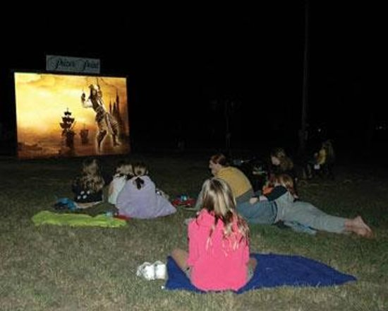 Cadiz, KY: Movie Nights