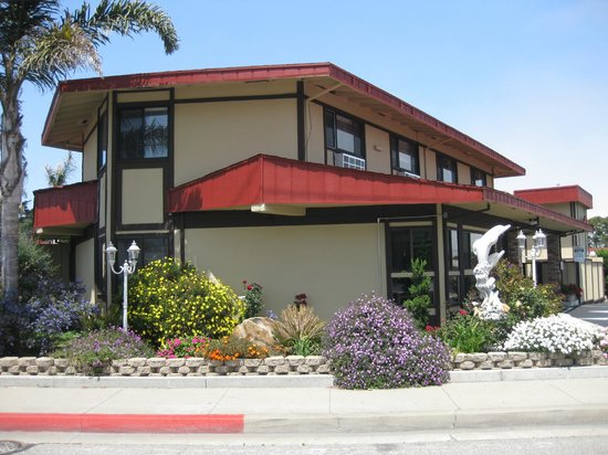 Red Roof Inn Monterey: Exterior 3