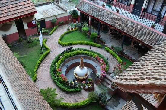 Thamel Eco Resort: Courtyard view from room 304