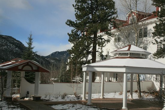 Stanley Hotel: Gazebo area