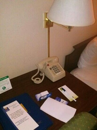 Comfort Inn: check out the old phones in the rooms!