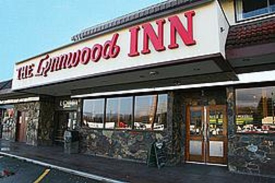 Photo of Lynnwood Inn North Vancouver