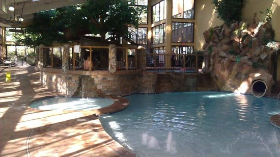 Park Vista - DoubleTree by Hilton Hotel - Gatlinburg: Partial view from the pool area