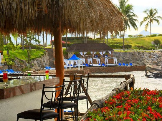 Photo of Bugambilias Hotel & Suites Manzanillo