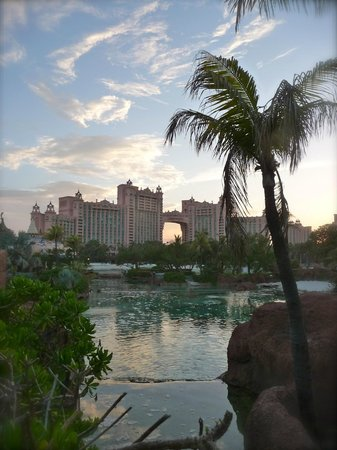 Atlantis - Coral Towers: sunsetting