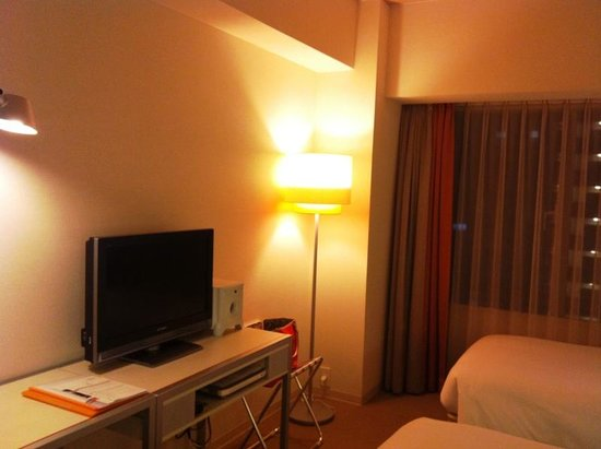 Citadines Karasuma-Gojo Kyoto: flat screen and dvd made available