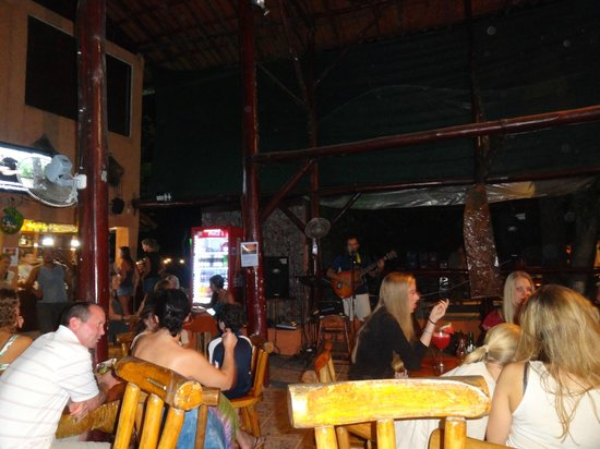 Rancho De La Playa: Live music