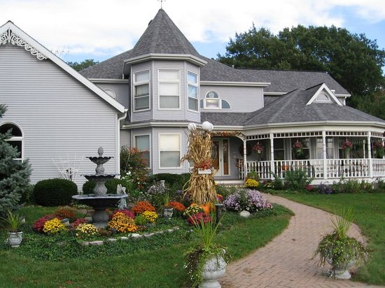 Friendly Oaks Bed and Breakfast