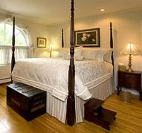 Sterns Mansion Bed & Breakfast