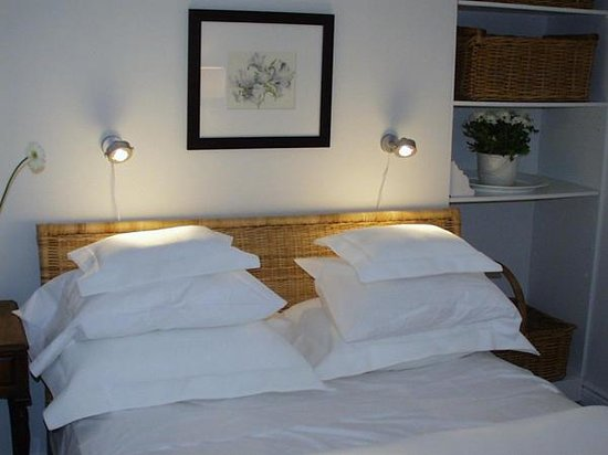 Melfort Cottage Bed and Breakfast