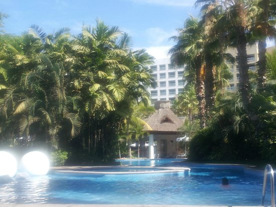 Grand Mayan Nuevo Vallarta: View of a pool