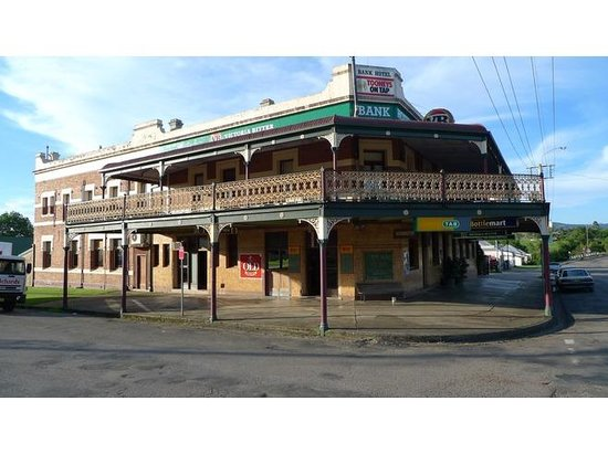 Bank Hotel Dungog