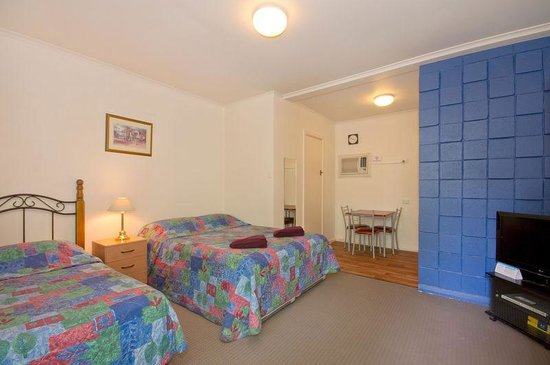 Adelaide City Fringe Serviced Apartments & Motel