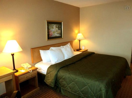 Corinth Inn & Suites