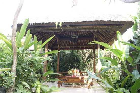 Honeymoon Guesthouses: Hotel Grounds