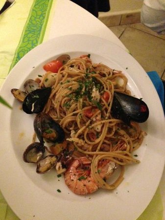 Marina di Cecina, : Spaghetto allo scoglio