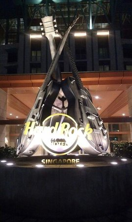 Resorts World Sentosa - Hard Rock Hotel Singapore: front entry