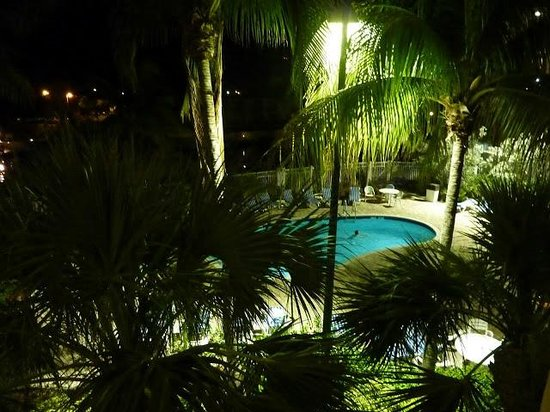Courtyard by Marriott Key Largo: La piscine