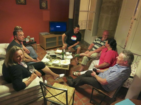 Haro, Spanien: Room to gather if you are a group
