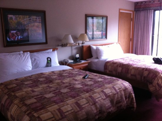 Inns Of Banff: Room