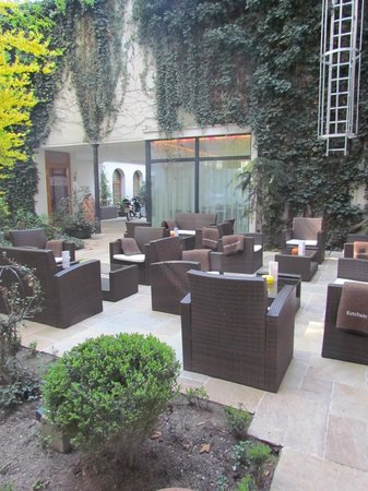Boutique Hotel Stadthalle: relax nel patio