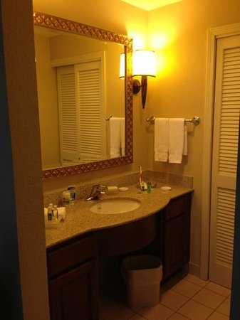 Homewood Suites Miami-Airport West: bathroom