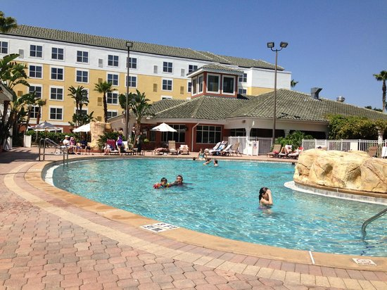 Residence Inn Lake Buena Vista: Piscina